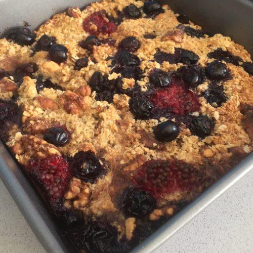 Baked Raspberry and Blueberry Porridge