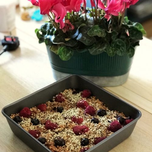 Baked Raspberry and Blueberry Porridge