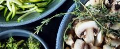 bowls of veggies